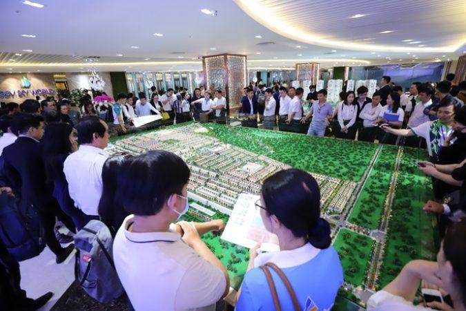 Gần 2000 khách tham quan dự án rộng 92 ha cạnh sân bay Long Thành