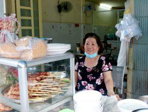 Quán bún Cô Hà – Quán ăn lâu đời ở đất Sài Gòn từ năm 1975