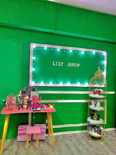 Lily shop điểm đến của bạn trẻ mê thời trang