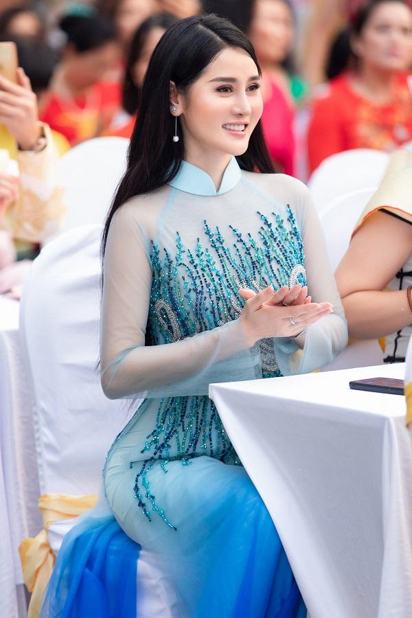 Triệu Hà Vy (12)