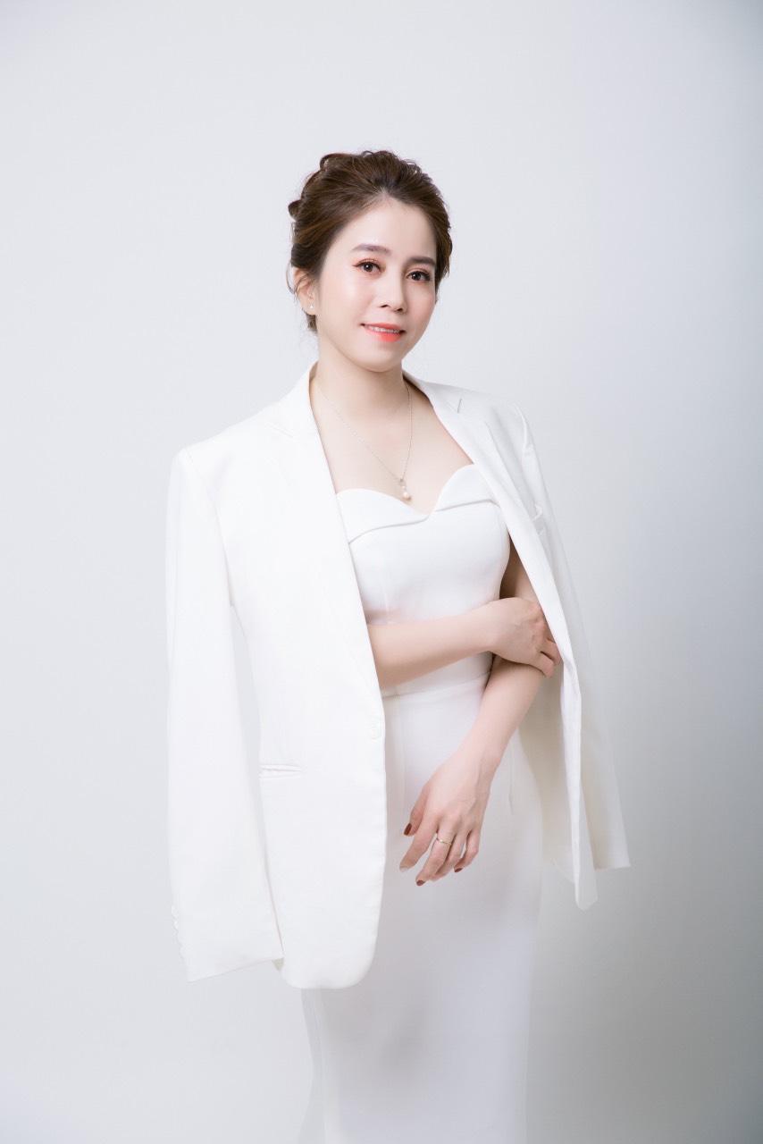 Chuyên gia thẩm mỹ Hồ Thị Hoa - Nữ chủ nhân của Hoa Spa