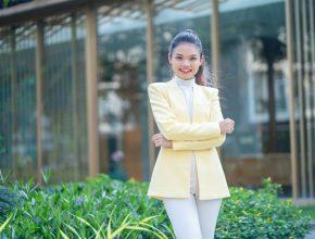 """Huyền Lưu Amon – Giám đốc Nhân sự 9X và hành trình""""Start-up"""" 5000 giờ"""